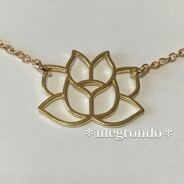 *ロータス*アジアンエスニック*個性的*エキゾチック*蓮の花のネックレスの画像1枚目