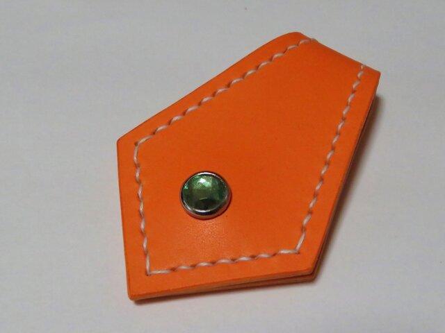 マグネットマネークリップ(オレンジ・グリーンスタッズ付き)(コードホルダーやメモ貼りにも使えます)の画像1枚目