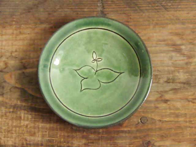 エンレイソウの花皿(緑)の画像1枚目