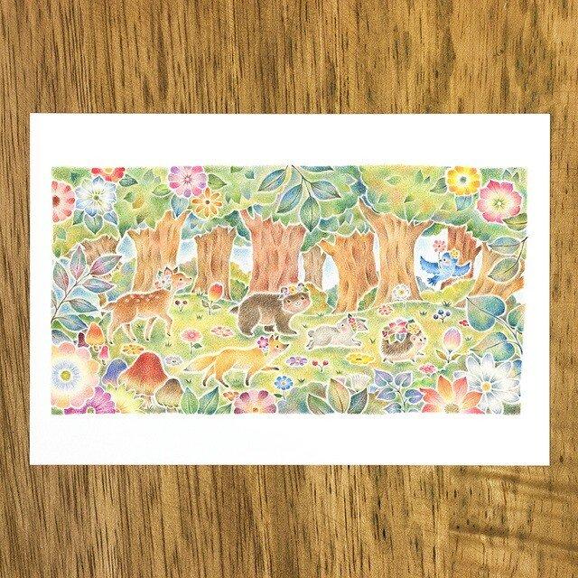 """4枚セット。絵本のような。ポストカード """"みんなでおさんぽ、花咲く森で"""" PC-323の画像1枚目"""
