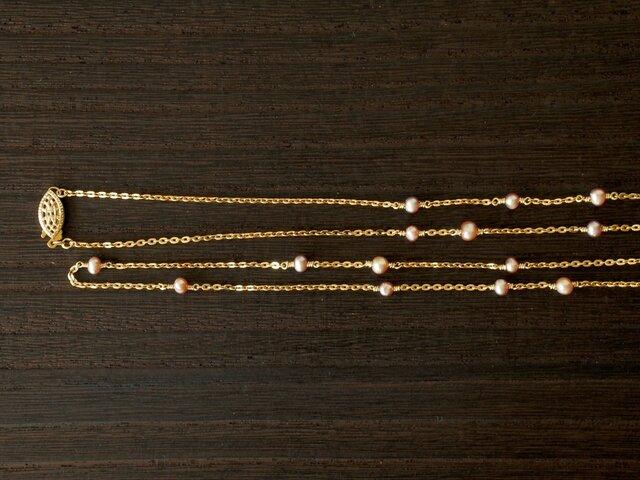 クラシックピンク淡水真珠ロングネックレスの画像1枚目