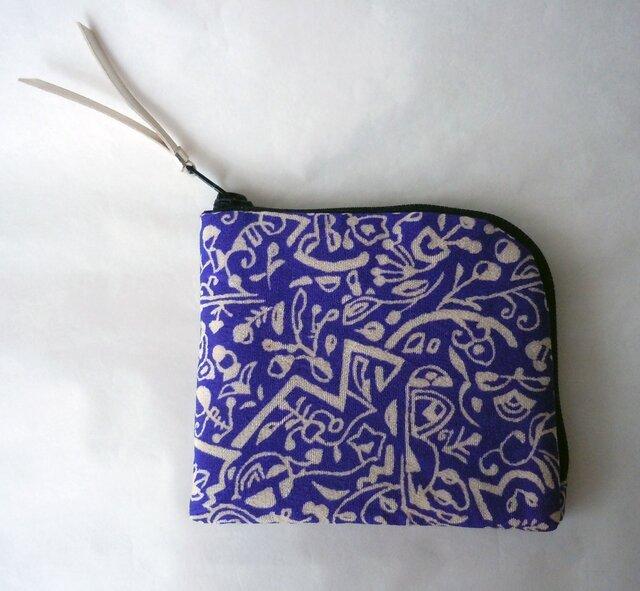 手のひらサイフ 瑠璃色の小紋~モダンな植物柄 の画像1枚目