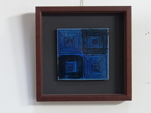 Blue Square (陶板)の画像1枚目