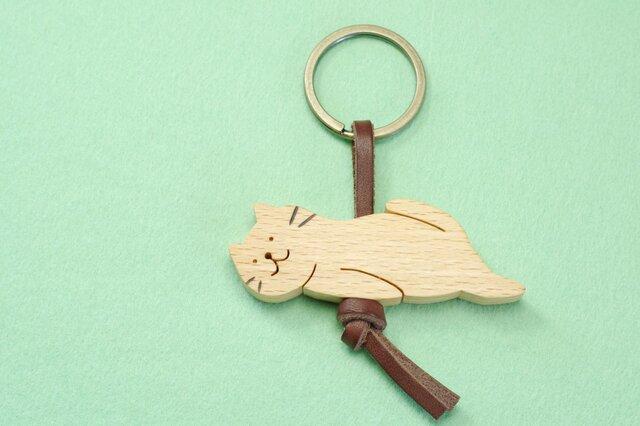 ひとやすみネコ / 猫 木のキーリングの画像1枚目