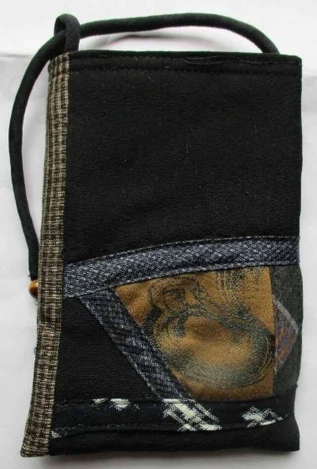 送料無料 黒の羽織と大島で作ったスマホ入れ 2713の画像1枚目