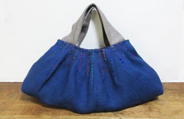 夏セール◇ユニークな持ち手の青いジュートかばんの画像1枚目