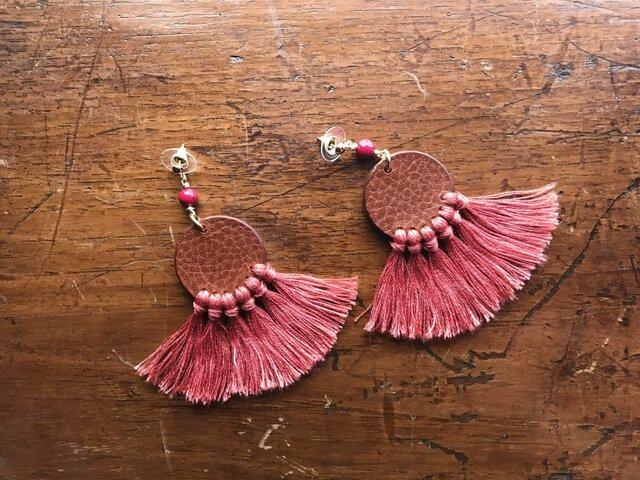 "Goodwill【レザーピアス】 color ""pink""の画像1枚目"