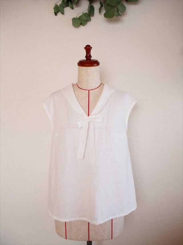 Hortense -white blouse-の画像1枚目