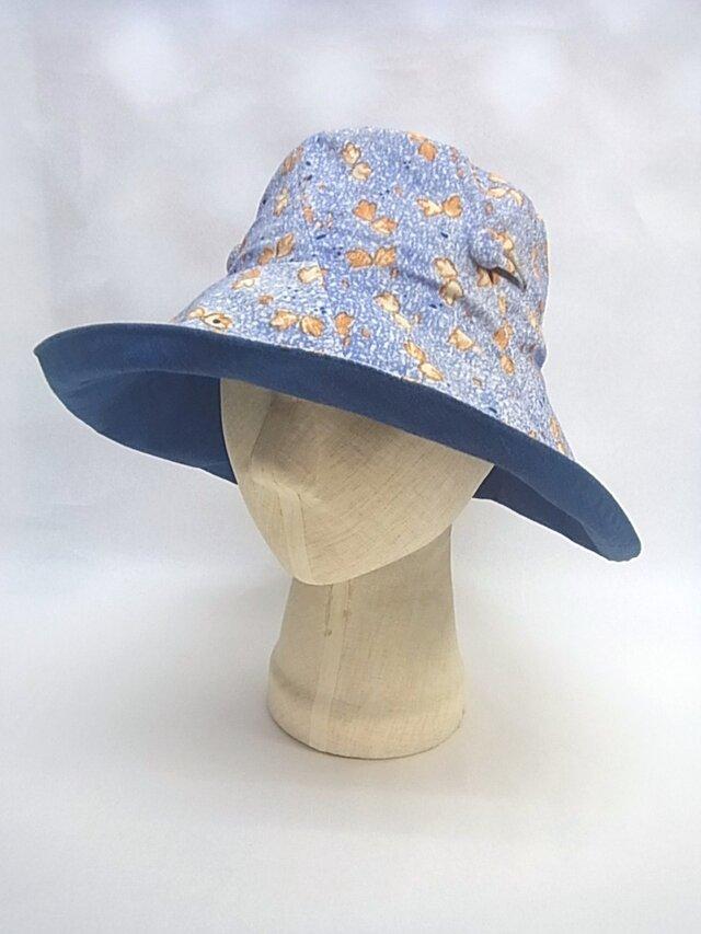 たためる夏の大きな帽子=4=の画像1枚目