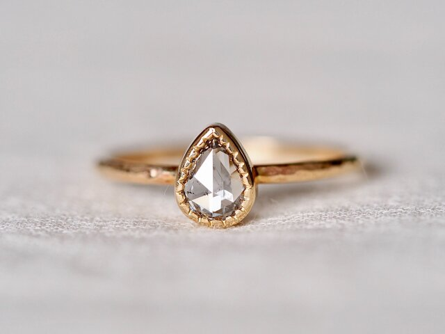Salt & Pepper Drop Diamond Ringの画像1枚目