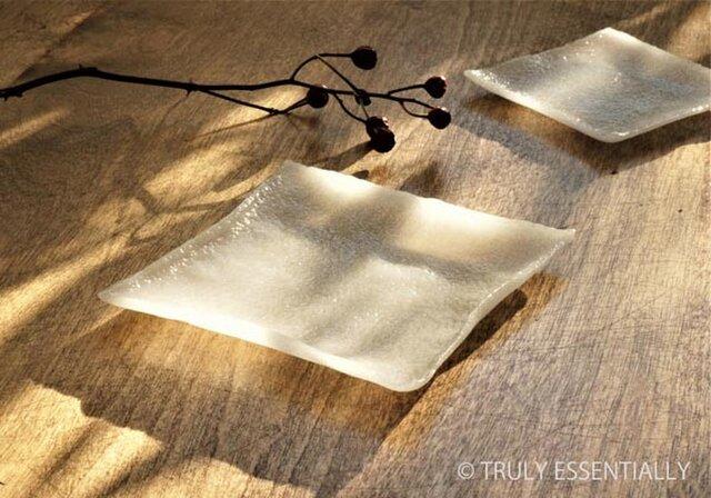 2枚組 ● ガラスの器 -「 KAZEの肌 」● 11cm ・平底の画像1枚目