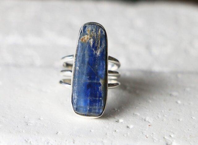 天然石*カイヤナイト 原石 指輪*12号の画像1枚目