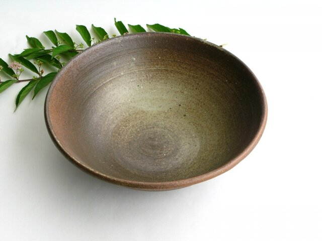 男前な炭化灰釉の鉢 (送料無料)の画像1枚目
