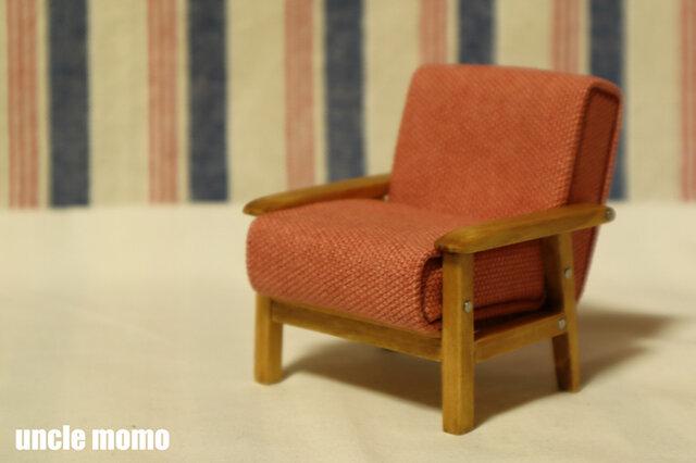 ドール用ソファ1人掛け(色:ピンク×チェスナット) 1/12ミニチュア家具の画像1枚目