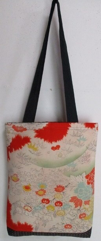送料無料 花柄の着物で作った手提げ袋 2755の画像1枚目