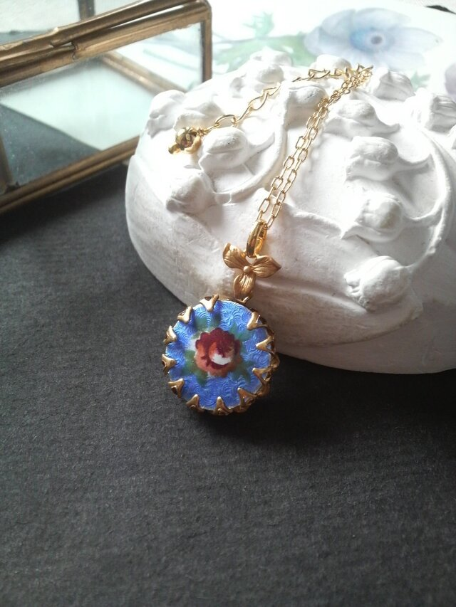 ヴィンテージ Guilloche  Blueエナメル薔薇 ネックレスの画像1枚目