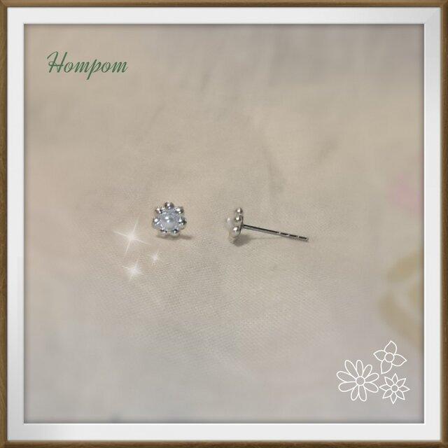 【送料無料】パールのプチフラワーピアス シルバー ホムポムの画像1枚目