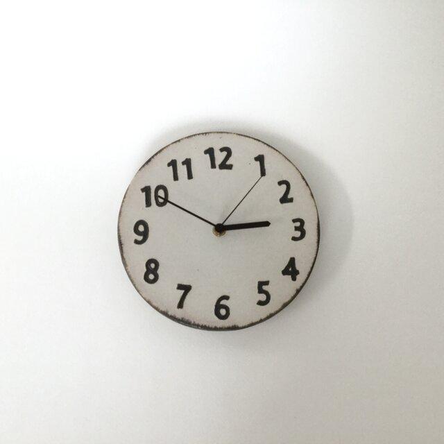 陶シンプル 掛け時計 白の画像1枚目
