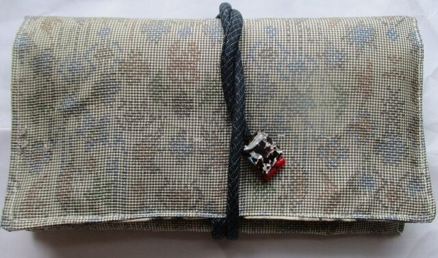 送料無料 色大島紬で作った和風財布・ポーチ 2770の画像1枚目