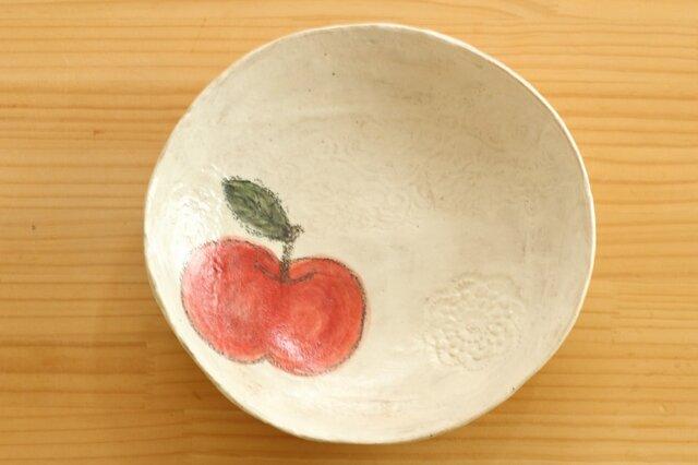 りんごの粉引オーバル皿。の画像1枚目