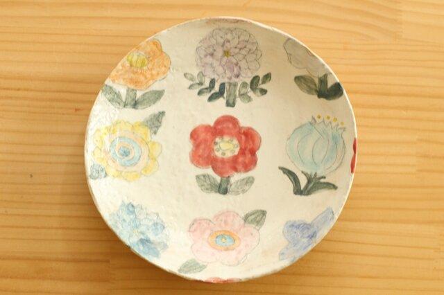 カラフルにお花の粉引パスタ皿。の画像1枚目