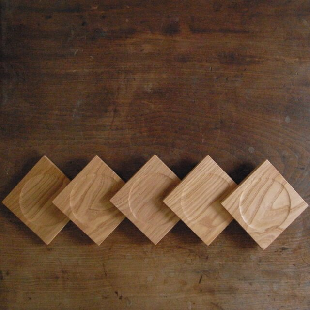 木のコースター クリの画像1枚目