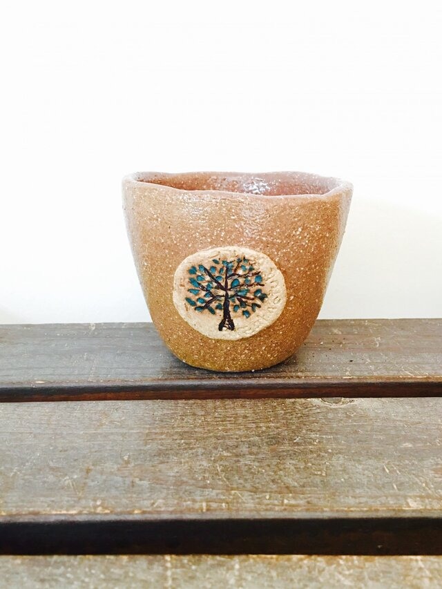 森のカップ   中の画像1枚目