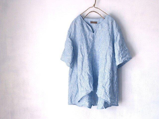 国産リネン100%ストライプ Aラインキーネックシャツ ブルー系の画像1枚目