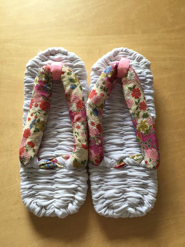 布ぞうり 鼻緒:ちりめん風ピンクの花柄 浴衣地 24~25cmの画像1枚目