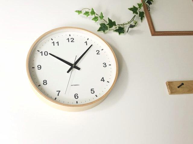 KATOMOKU plywood wall clock ナチュラル 電波時計 連続秒針 km-33LRC φ304mmの画像1枚目