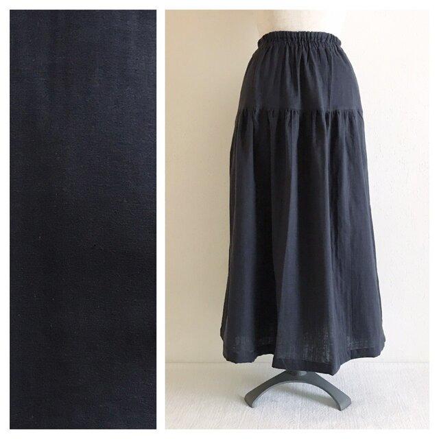 【肌ざわり至上主義】ベーシックな無地ティアードスカート(ダブルガーゼ:チャコール)の画像1枚目