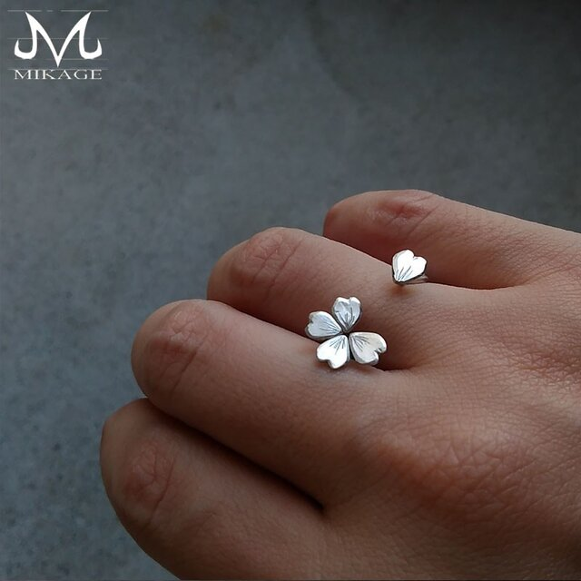 Simply Sakura Ring:銀925桜リング(御影宝飾工房)の画像1枚目