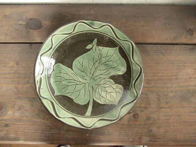 エンレイソウの飾り皿(緑)の画像1枚目