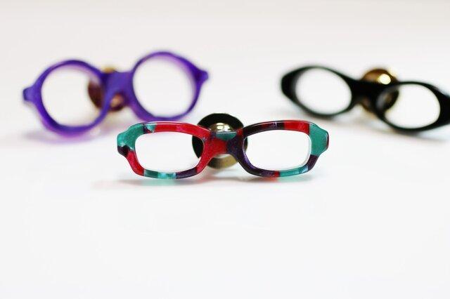 メガネラペルピン(スクエア、Sサイズ、長針、赤緑紫)の画像1枚目
