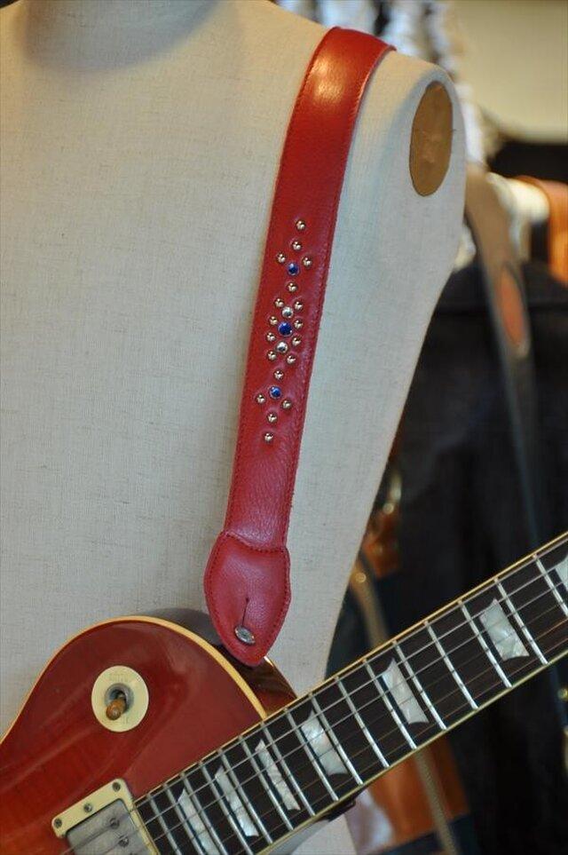 ギターストラップ赤 スタッズの画像1枚目