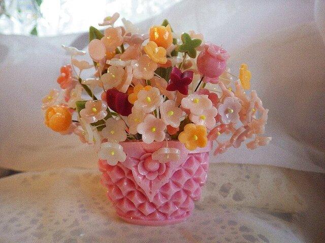 【オーダー】小さな石鹸かごに花盛り&ミニアレンジメント。ソープカービングの画像1枚目