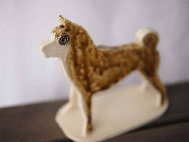柴犬(フォーン)の置物の画像1枚目