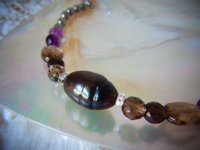 黒い真珠の羽織紐の画像1枚目