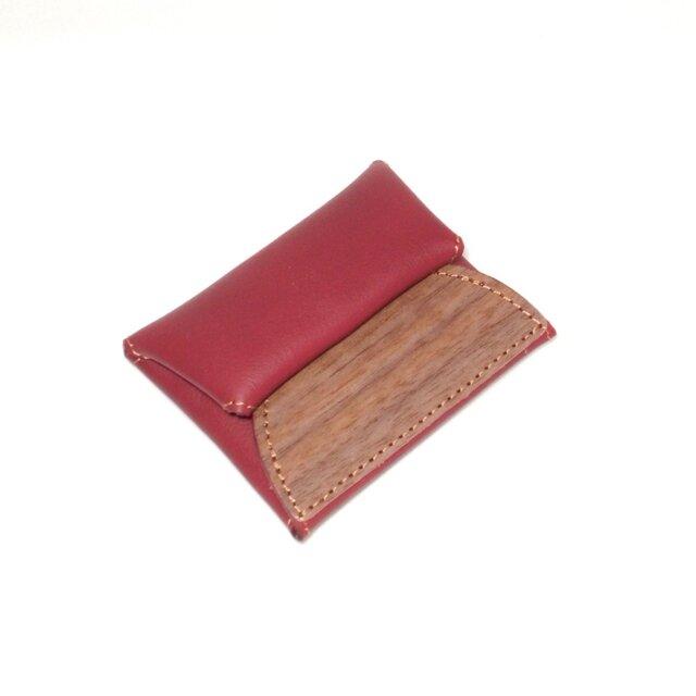 木と革のコインケース --- 手に納まるコンパクトサイズ [レッド]の画像1枚目