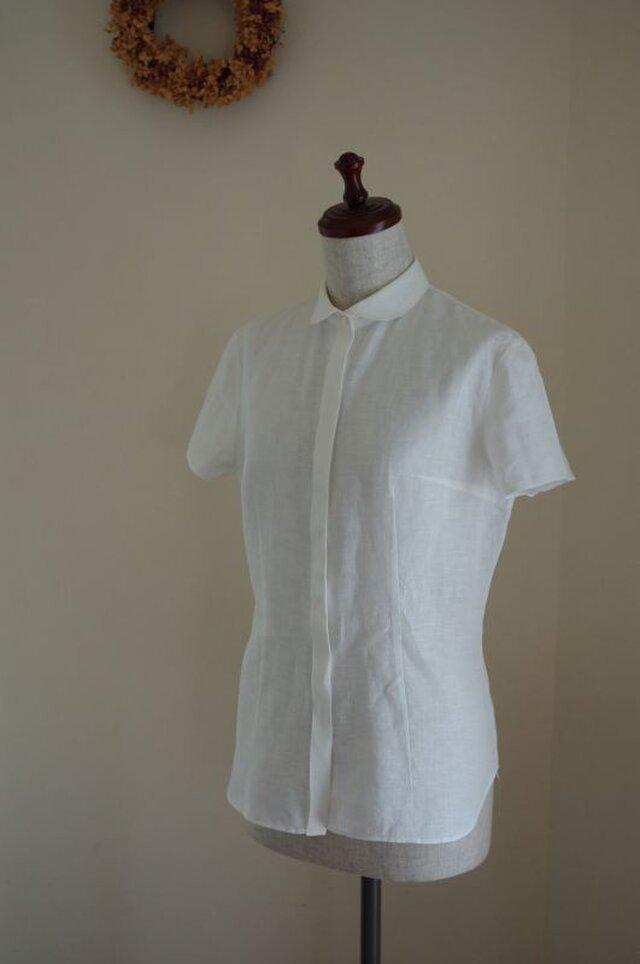 M~LL 白いリネンの半袖丸襟ブラウスの画像1枚目