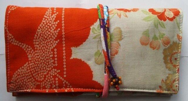 送料無料 花と鶴柄の着物で作った和風財布・ポーチ 2911の画像1枚目