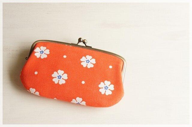 ■ヴィンテージ生地の親子がま口長財布 / オレンジに白の花■の画像1枚目