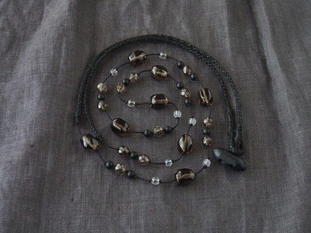 Smoky&Black Long Necklaceの画像1枚目