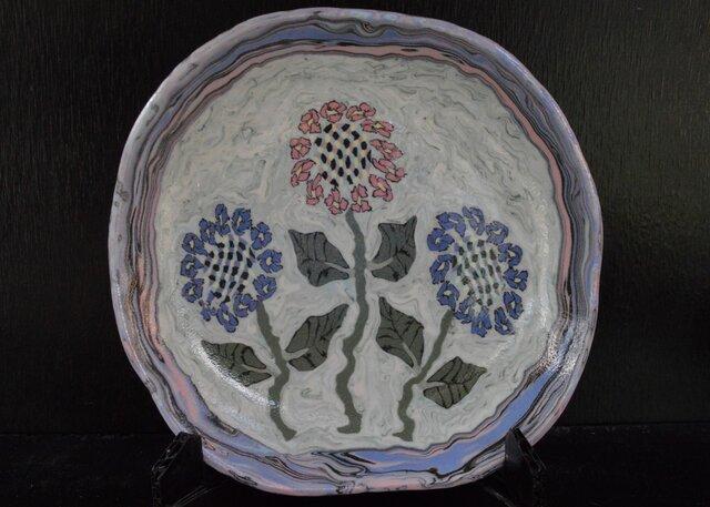二色の紫陽花の大皿(真ん中がピンク)の画像1枚目