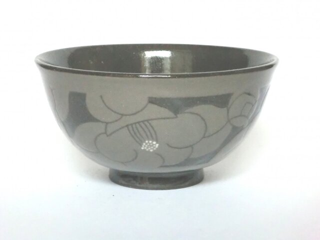 椿の飯碗(黒)の画像1枚目