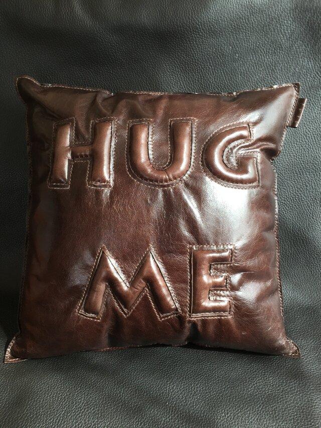 本革ぷっくりクッションHUG ME(S)の画像1枚目
