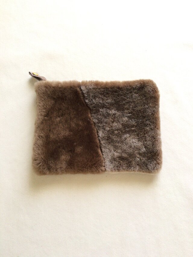 mouton pouch : brownの画像1枚目