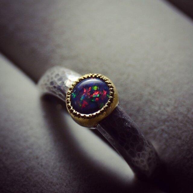 ブラックオパール/silver925/K22YGの指環の画像1枚目