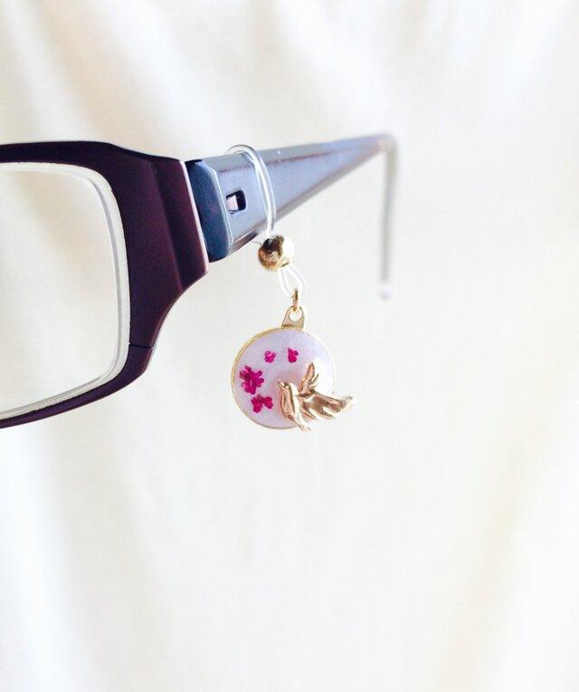 眼鏡チャーム 鳥(ピンク)の画像1枚目
