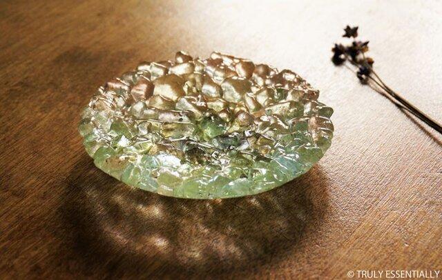 ガラスのアクセサリートレイ - KUBOMI ● ライムグリーン・11cmの画像1枚目
